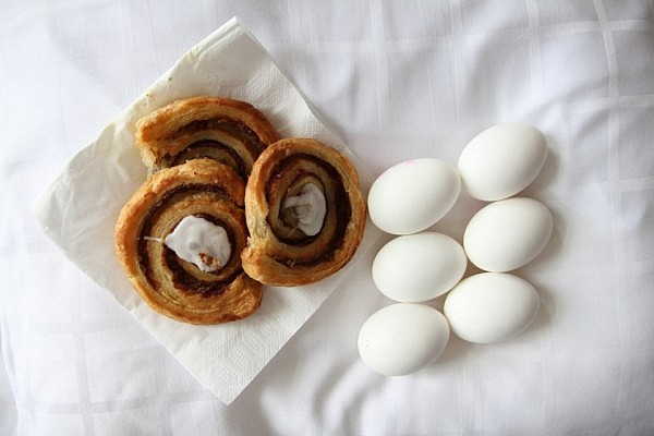 My late hotel breakfast: 3 wienerbrød and 6 eggs
