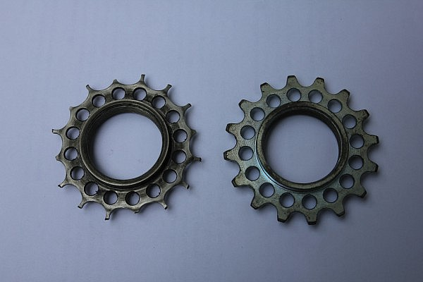 Old vs. new Rohloff sprocket after 22,000 km's