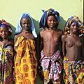 Mucubal girls