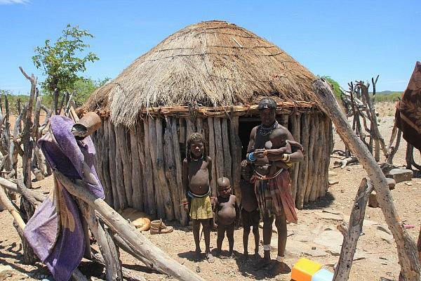Mucawana family